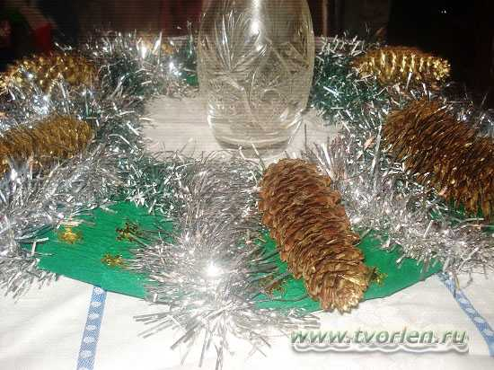 как сделать новогодний венок (6)