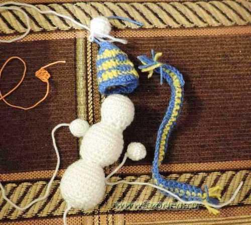 снеговик вязаный крючком (1)