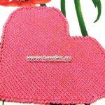 Сердце — салфетка тунисским крючком