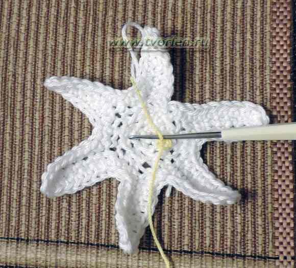 цветок нарцисса крючком (2)