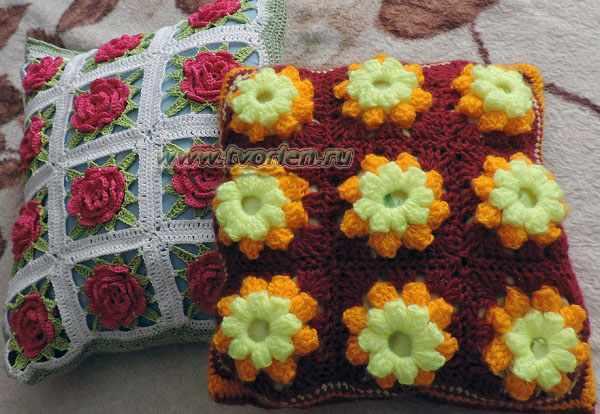 подушка из кружевных квадратов (8)