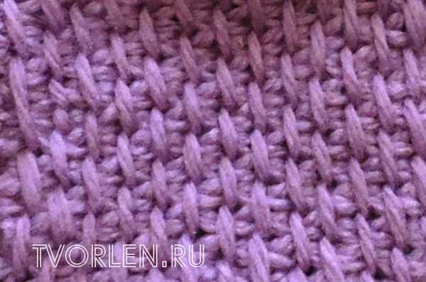Снятые петли в технике тунисского вязания-нить за вязанием