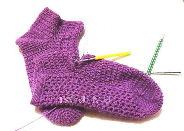 вяжем пару носок