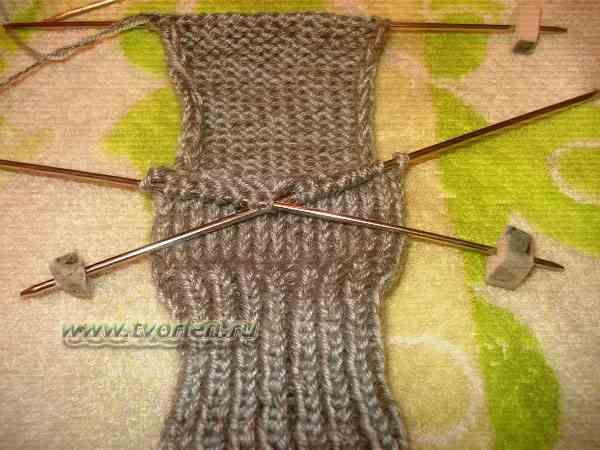 вяжем носки на пяти спицах (4)