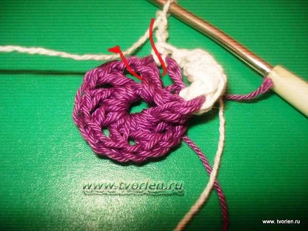 объемный цветок крючком (7)