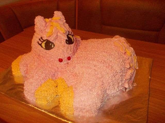 торт лошадка