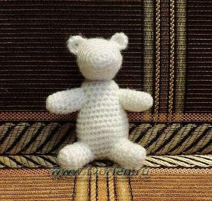 белый мишка основа