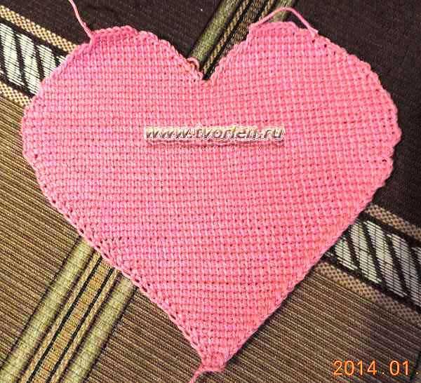 салфетка-сердце-тунисское-вязание-3
