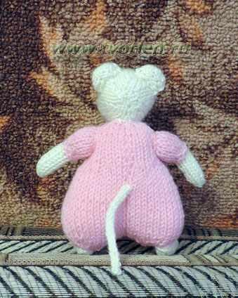 мышка в штанишках спицами (4)