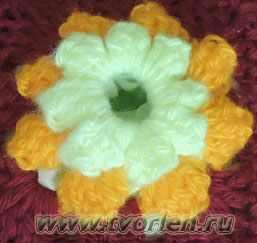 уютная подушка крючком (4)