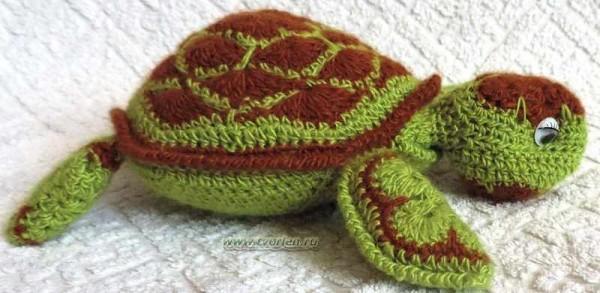 морская черепашка крючком из мотивов (3)