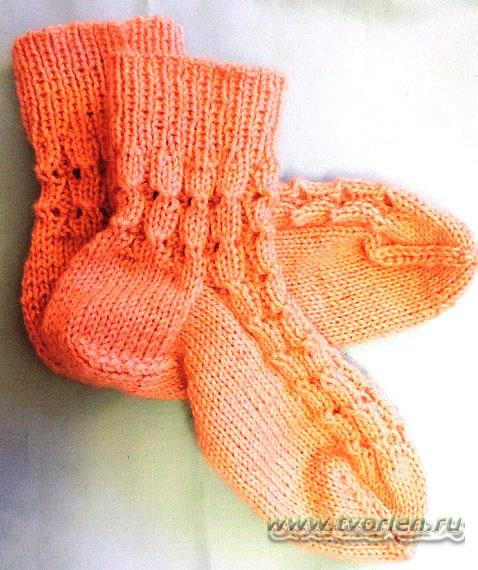 тёплые ажурные носочки спицами (9)