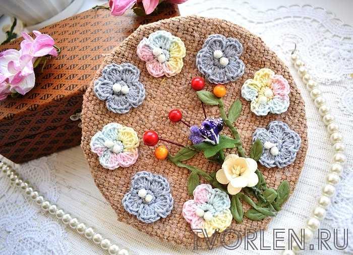 Круглое панно с цветами из мешковины – поделка с описанием от Светланы (конкурсная работа)