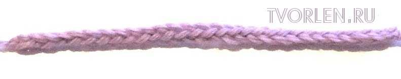 шнур на двух петлях спицами (лицевыми петлями)