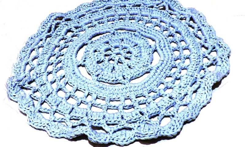 коврик из трикотажной пряжи