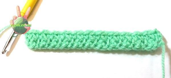 простой плотный узор крючком - второй ряд